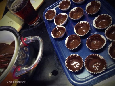 Line A Mini Muffin Tin Or Baking Tray With Papers Add About 2 Teaspoons Of Chocolate To The 1 3 Full